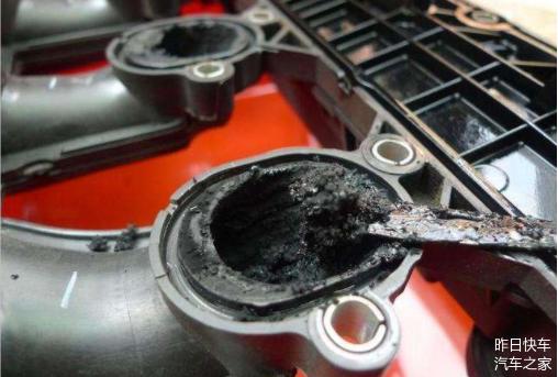 猛轰油门可清理积碳 还是伤车 现在知道还不晚