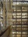 纽约大学装护栏防学生自杀 楼内景象壮观