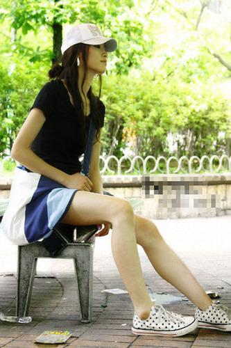 女生帅气经典帆布鞋