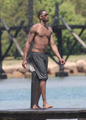 组图:40大NBA无上装肌肉男 科比远比乔丹壮