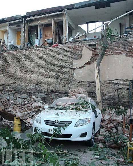 现场受损房屋