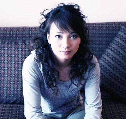 1.中国美女李妮娜