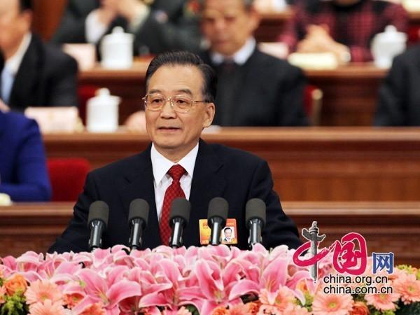 国务院总理温家宝同志作政府工作报告。记者 徐讯