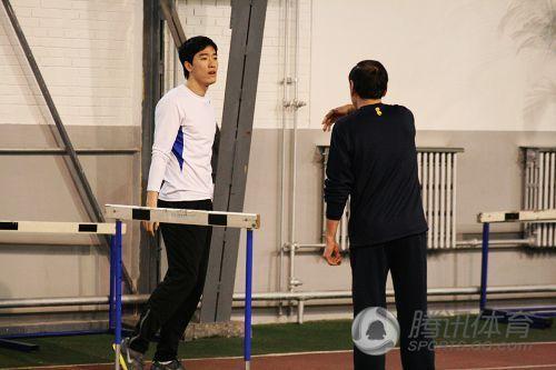 刘翔出征多哈前上大运动量训练课 称感觉不错
