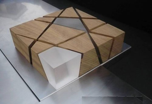 4月30日,意大利国家馆展馆方案揭晓。该建筑由20个功能模块组合而成,代表着意大利20个大区,犹如一座微型的意大利城市。