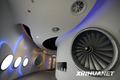 组图:世博中国航空馆 一朵神奇的白云