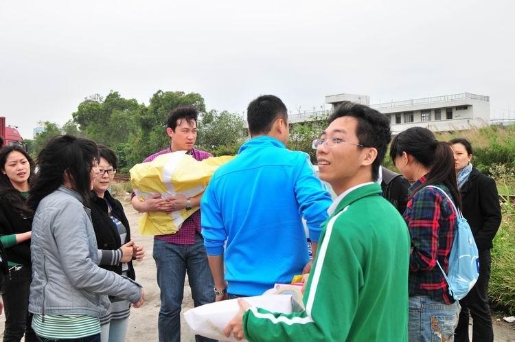 """千吨""""腾讯网友爱心水""""奔赴云贵旱区"""
