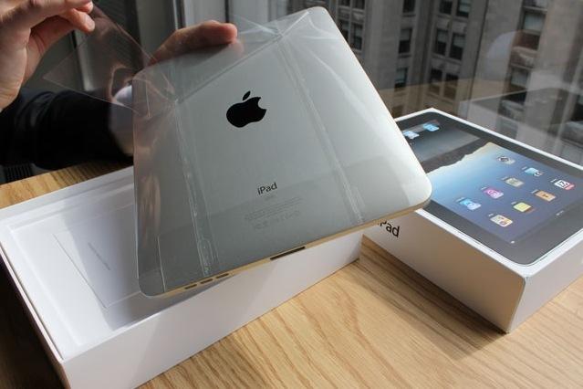 iPad正反面均被良好的保护起来