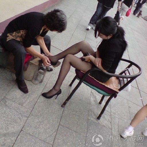 黑丝袜四城记第二期:成都丝袜美女秀