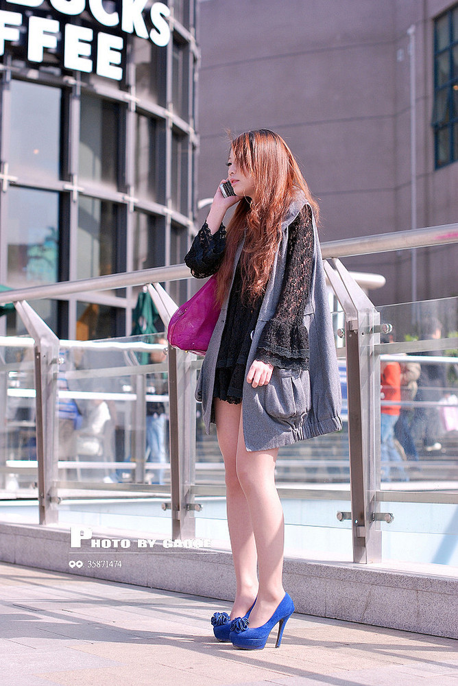 四城街拍美女光谷性感张丽颖照片江城搜街组图开战(丝袜)_热图片