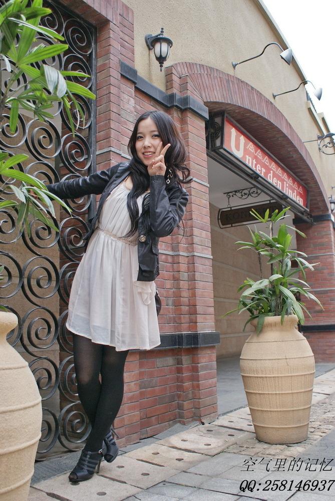 四城街拍光谷丝袜江城搜街组图开战(美女)美女踩威海图片