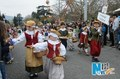 """组图:瑞士举行""""送冬节""""少年儿童盛装游行"""