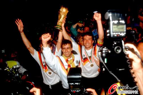 组图:瞬间永恒 世界杯捧杯时刻
