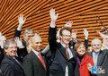 高清:世博开园首日 加拿大馆举行开馆仪式