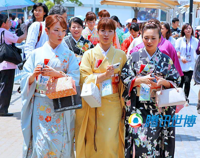 高清:日本和服美女逛世博园令游人惊艳 世博频