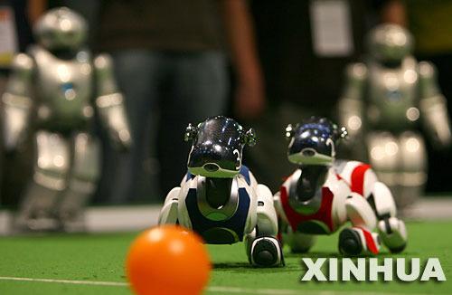 智能超越极限 机器人足球世界杯