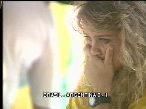 世界杯最美球迷:少女哭恸地球英太太团风骚
