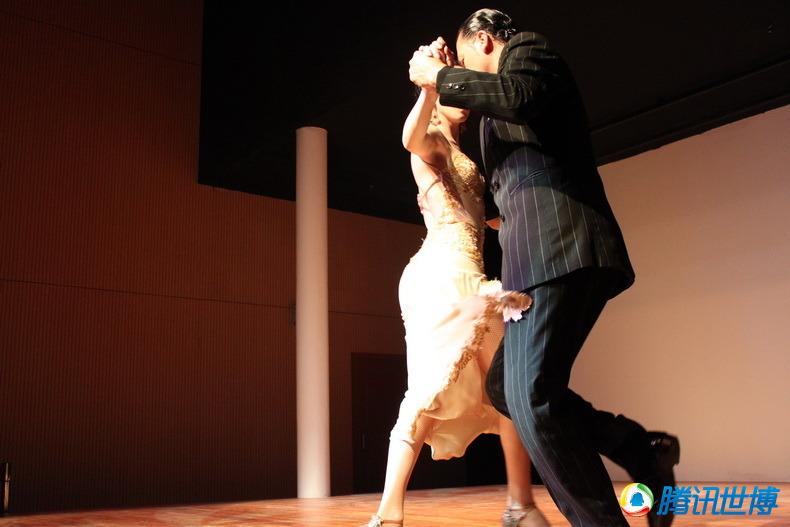 阿根廷超靓美女大秀劲爆南美拉丁舞蹈