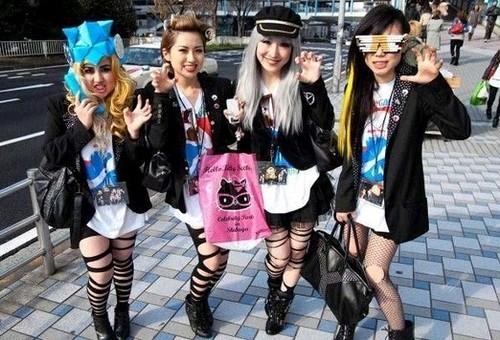 东京街拍东京时尚时尚街拍图片日本东京街拍