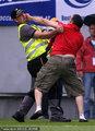 塞尔维亚球迷闹事