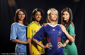 世界杯A组美女比拼