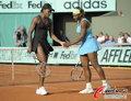 组图:法网女双半决赛 大小威2:1胜对手晋级