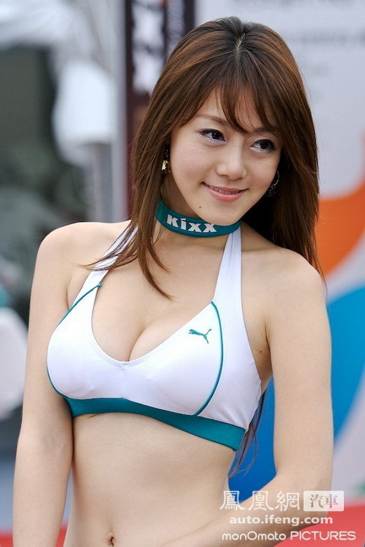 丰满娇柔韩国车模 香车美女