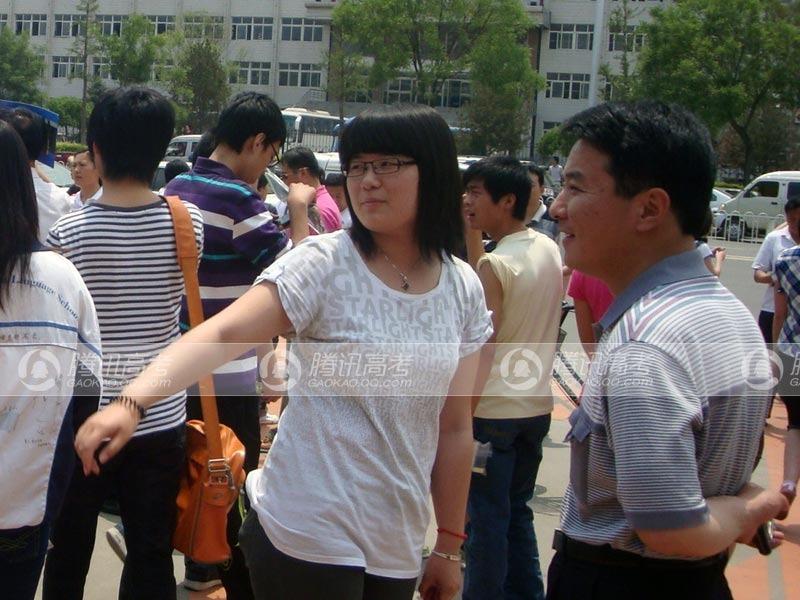河北省唐山市人口-河北唐山见证 考生离场迫不及待