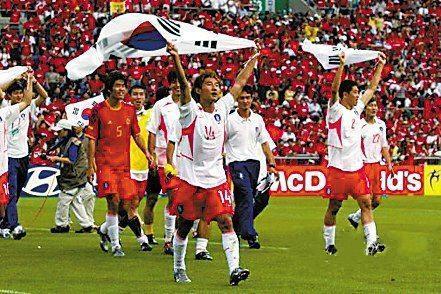 2002年世界杯韩国队缔造亚洲足球神话-回顾02世界杯 韩国队缔造亚洲