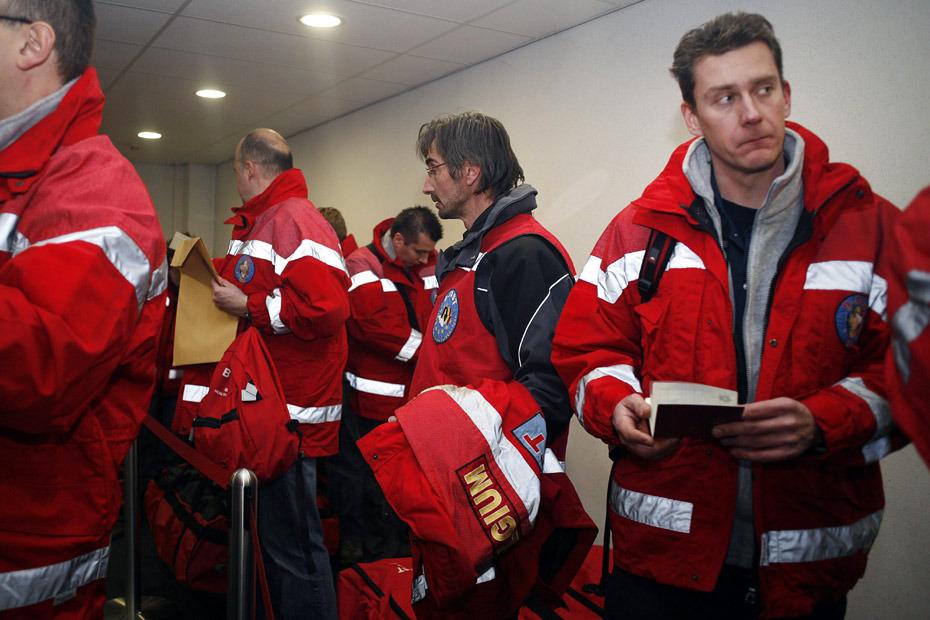 图为比利时救援队。