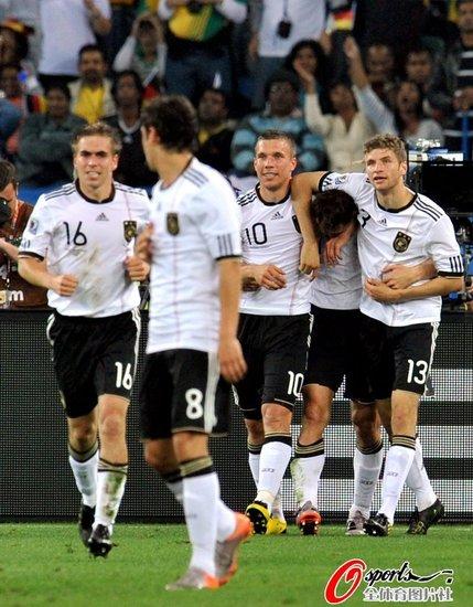 腾讯特评:德国变身犀利哥 为世界杯打破沉闷