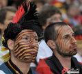 德国4-0澳大利亚 球迷疯狂庆祝(146)