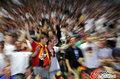 图文:德国4-0澳大利亚 球迷疯狂庆祝(110)