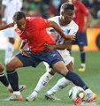 图文:洪都拉斯0-1智利 拉扯激烈
