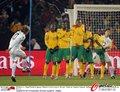 图文:南非0-3乌拉圭 任意球好手