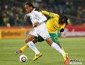 图文:南非0-3乌拉圭 迅速突破