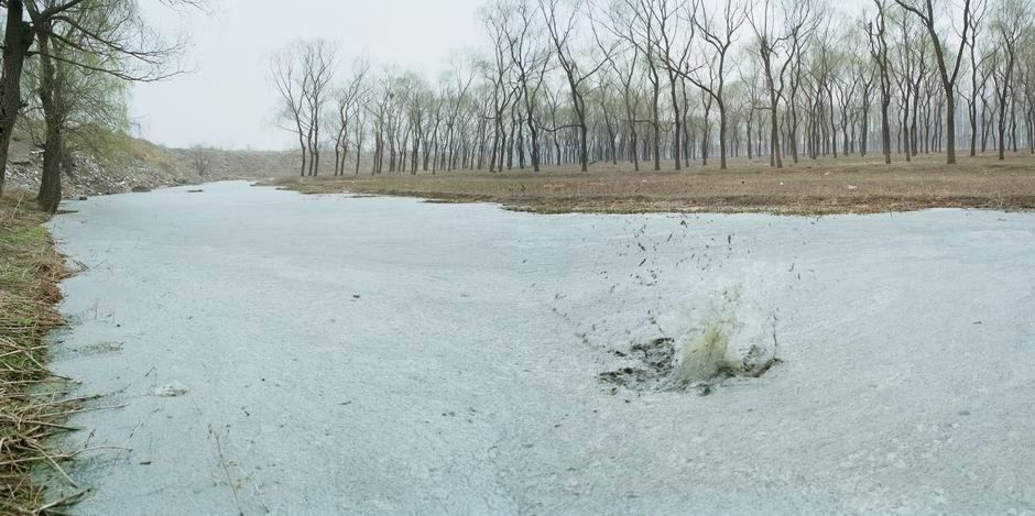 北京市昌平区回龙观镇定福黄庄(图片摄于2009年3月,北纬40°06′38″ 东经116°15′16″)