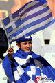 图文:希腊VS尼日利亚 双方球迷加油助威(1)