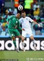 图文:希腊VS尼日利亚 高空争霸
