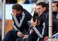 图文:希腊2-1尼日利亚 希腊教练组无奈