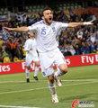 图文:希腊2-1尼日利亚 进球功臣呐喊