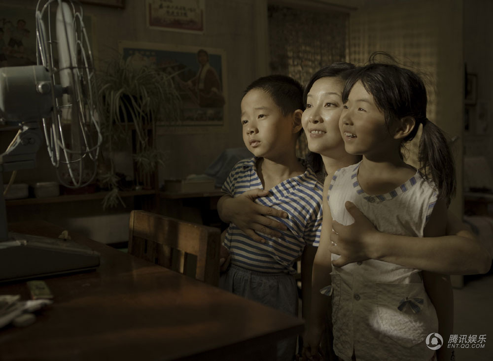 十问冯小刚 《唐山大地震》人道主义才是最重要