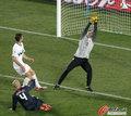 图文:斯洛文尼亚2-2美国 斯队门将无奈
