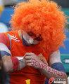 图文:荷兰VS日本 球迷助威比赛(9)