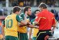 图文:加纳1-1澳大利亚 科威尔手上有吻上