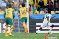 图文:加纳1-1澳大利亚 吉安成功破门