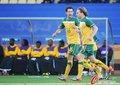 图文:加纳1-1澳大利亚 霍尔曼与队友