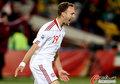 图文:喀麦隆1-2丹麦 罗梅达尔很开心