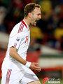 图文:喀麦隆1-2丹麦 罗梅达尔进球了