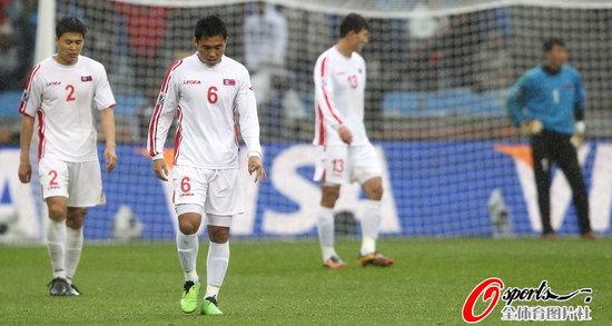 第11日特评:朝鲜输球启示国足 这一夜太诡异